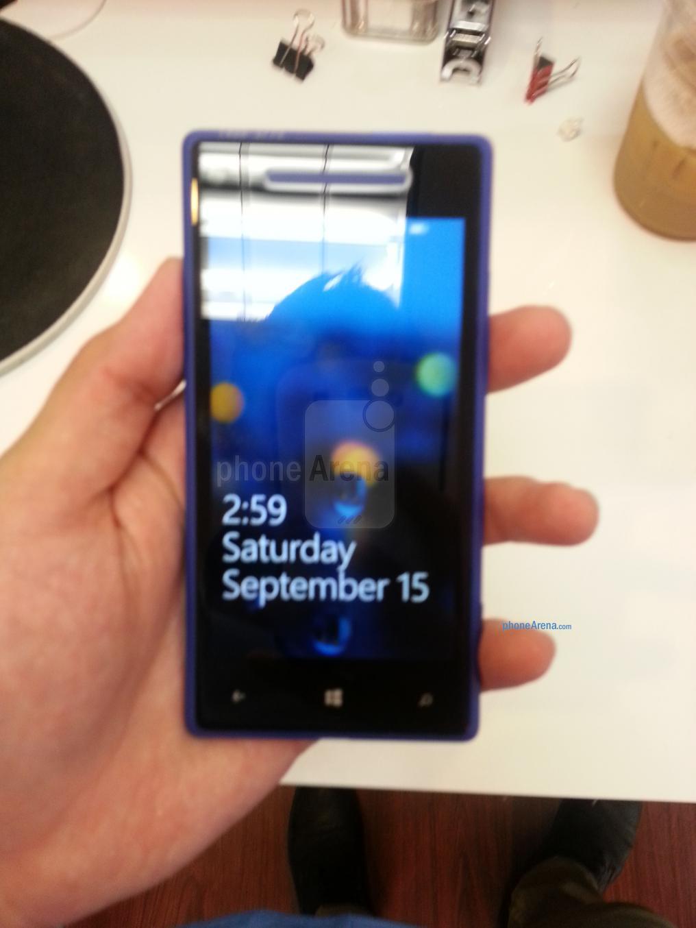 HTC Accord: Weiteres Bild zum Windows Phone 8 Smartphone durchgesickert-htc-accor-livebild-phonearena-com.jpg