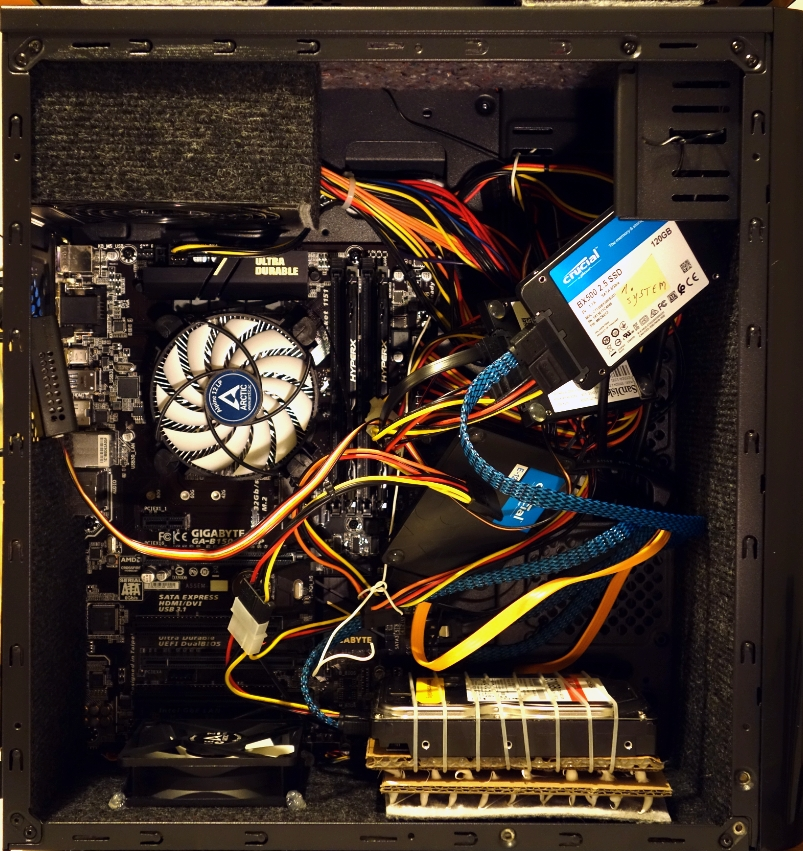 Kabelmanagement PC 2.jpg