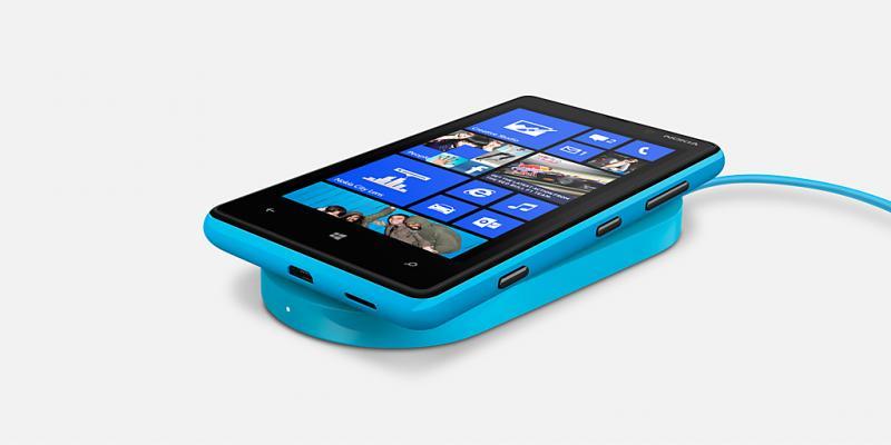Nokia stellt Lumia 820 in New York offiziell vor-lumia-820-cyan.jpg