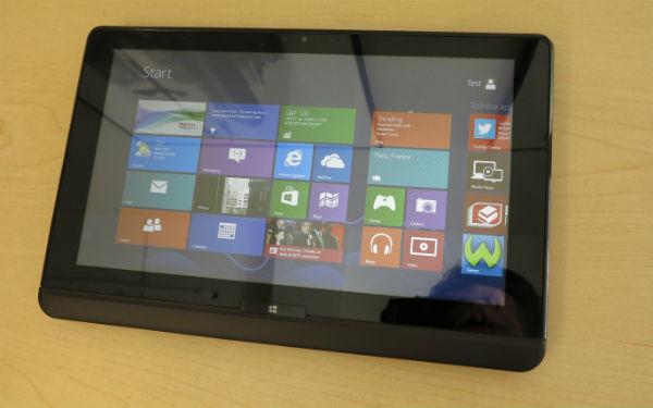 Toshiba zeigt Tablet-Hybriden mit Windows 8 auf der IFA-u925t-3-mashable-com.jpg