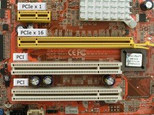 800px-PCI_und_PCIe_Slots.jpg
