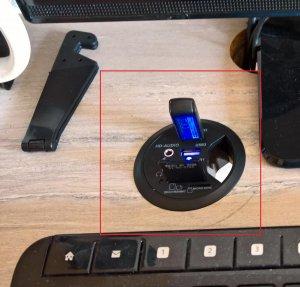 Schreibtisch USB Hub.jpg