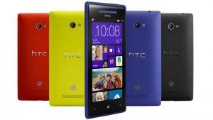 HTC 8X versch Farben.jpg