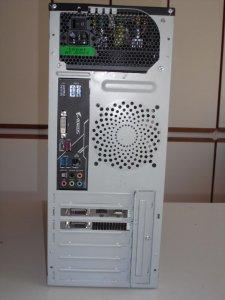 PC-Ryzen7-hinten.jpg